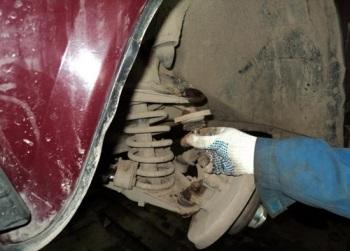 Как заменить шаровые опоры ВАЗ 2107