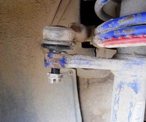 Меняем рулевые наконечники Лада Приора