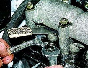 Регулировка клапанов ВАЗ 2101 — пошаговая инструкция