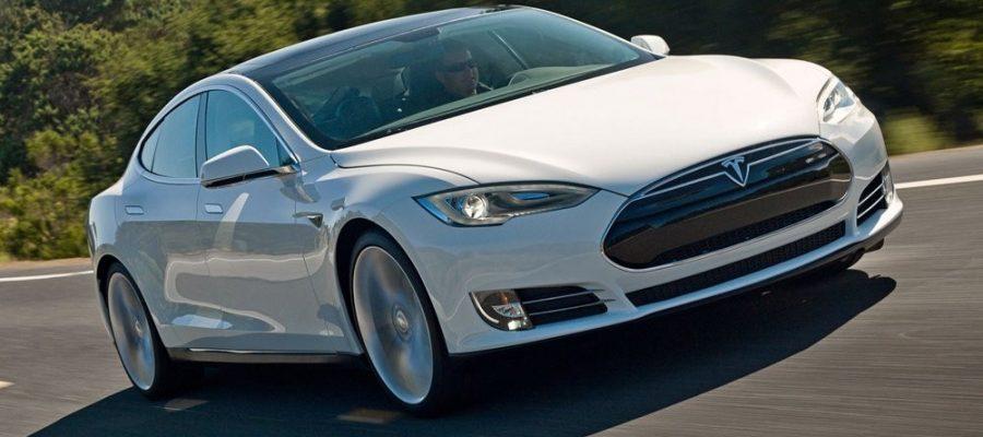 Kak-rabotaet-elektrodvigatel-Tesla