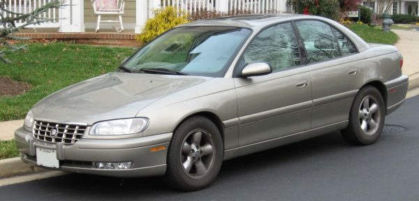 1.-Cadillac-Catera-Model-2001